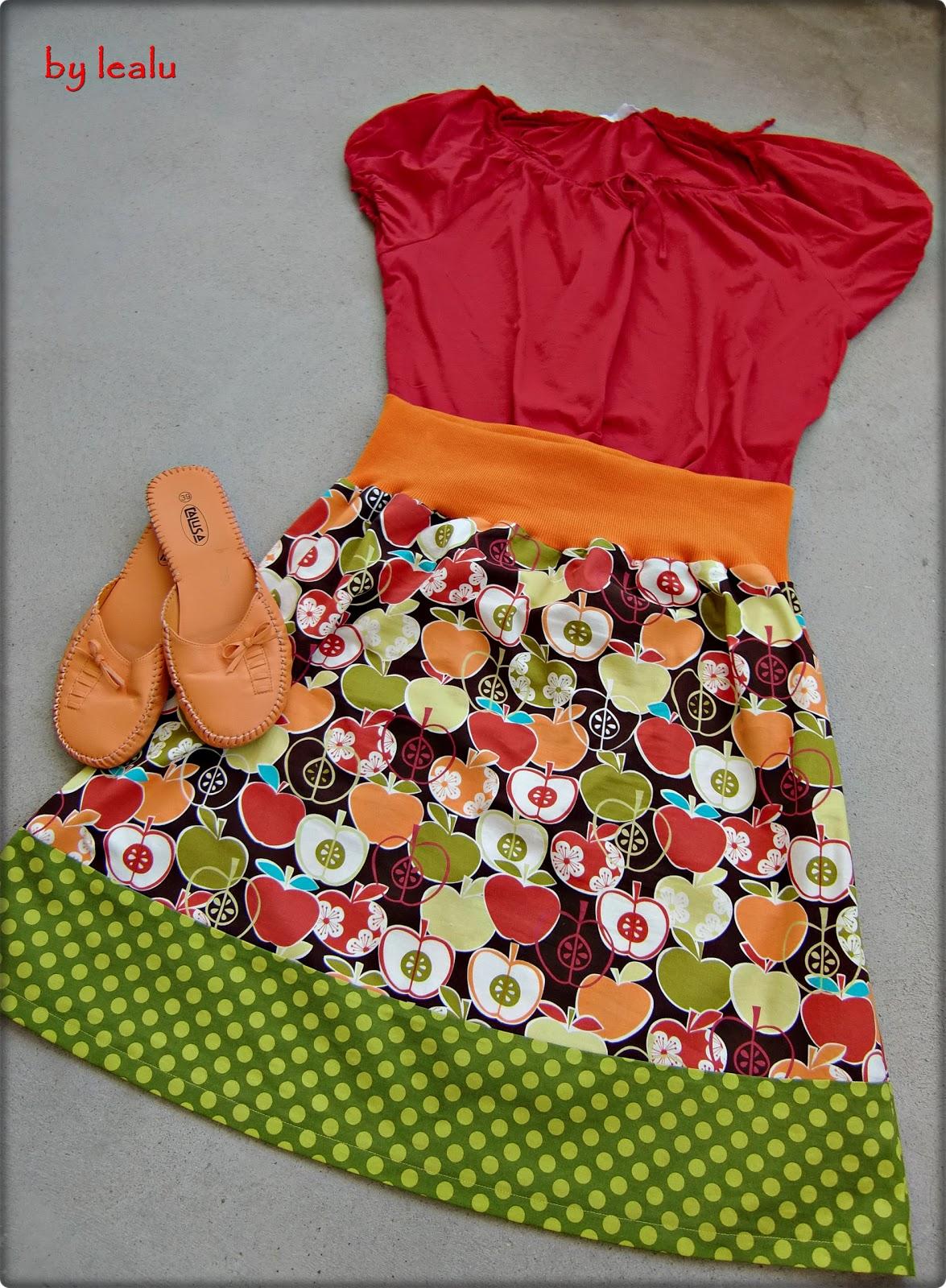 Sommerrock mit Äpfeln